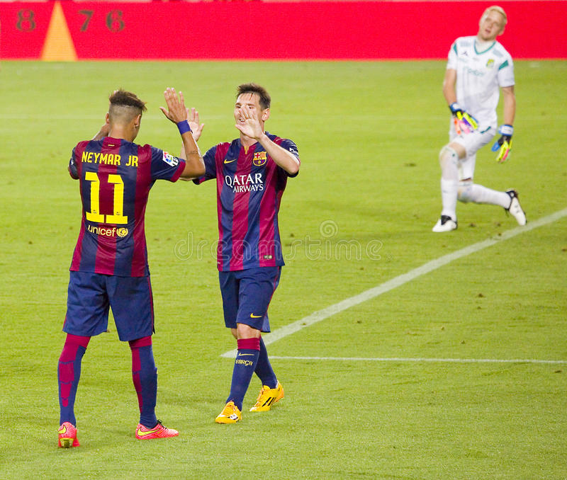 Celebración de la meta de Neymar y de Messi fotografía de archivo