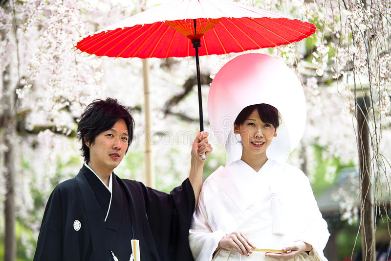 Celebración de una boda típica en Japón imagen de archivo