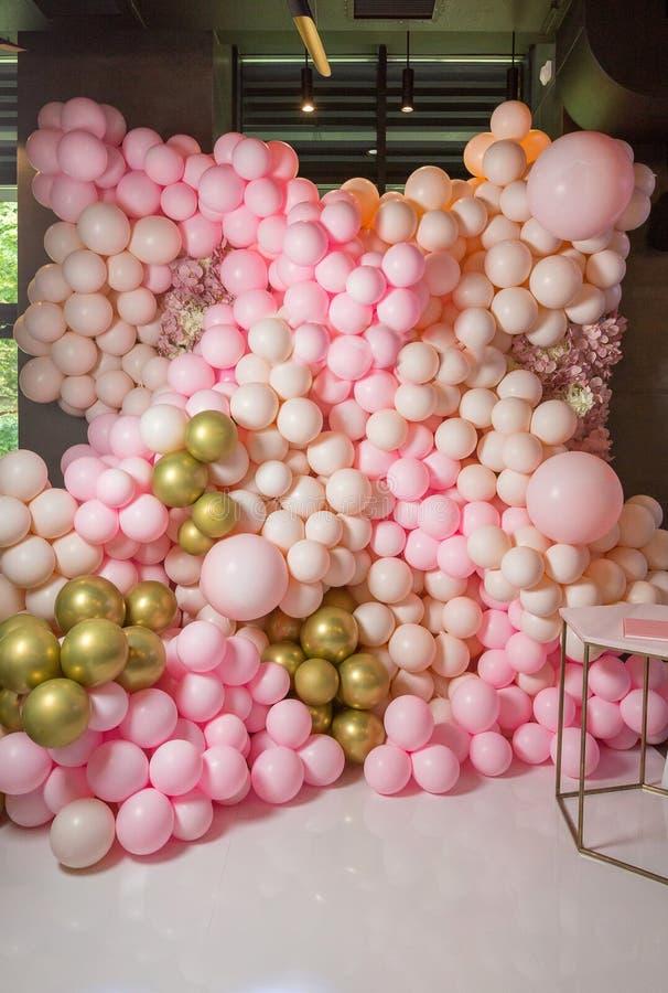 Celebración de zona de la foto con rosa y color en colores pastel fotos de archivo libres de regalías
