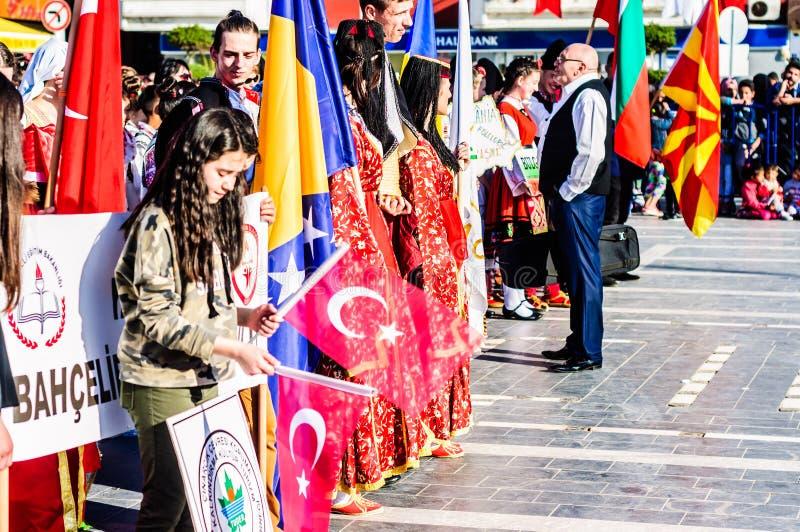 Celebración del día del ` nacional s de la soberanía y de los niños - Turquía fotos de archivo