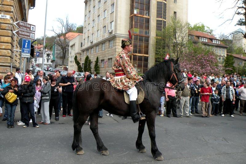 Celebración en la ciudad de Brasov en el tiempo 9 de pascua foto de archivo libre de regalías