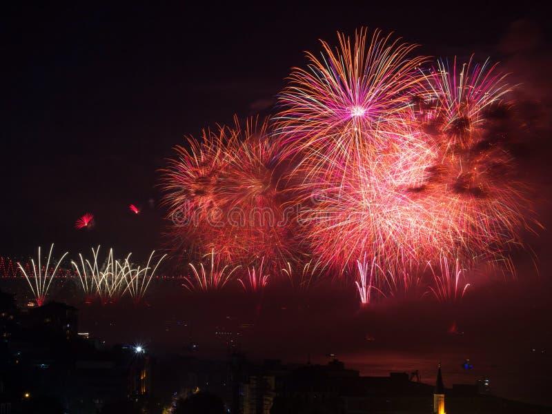 Celebrazione dei fuochi d'artificio turchi di giorno della Repubblica immagini stock