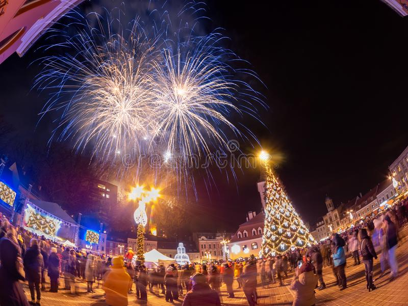 Celebrazione del nuovo anno e di Natale in Brasov, Romania fotografie stock