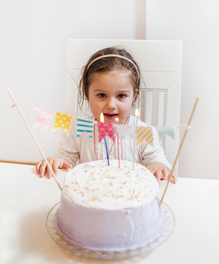 Celebrazione della bambina di compleanno fotografie stock