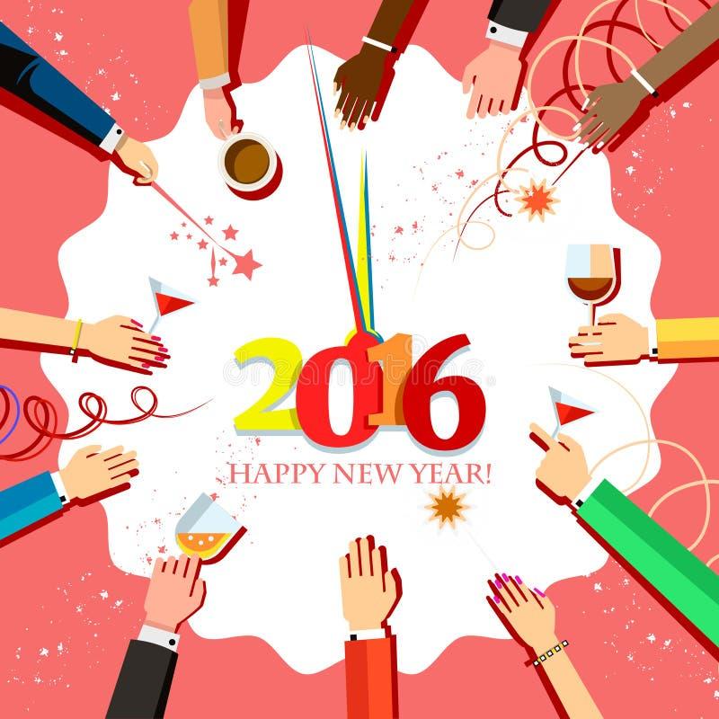 Celebrazione 2016 di Natale con le mani della gente ed i vetri in loro mani, vista superiore royalty illustrazione gratis