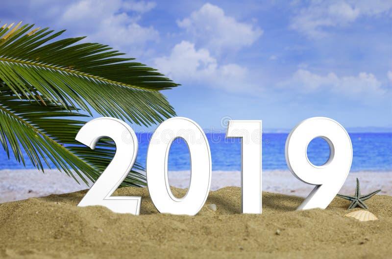 Celebrazione 2019 sulla spiaggia, vacanze estive del nuovo anno illustrazione 3D fotografie stock