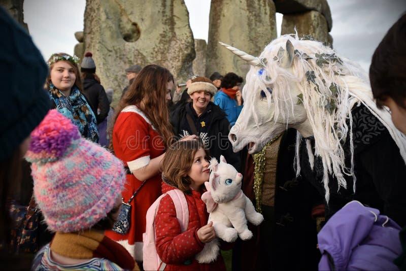 Celebrazioni di solstizio di inverno a Stonehenge fotografia stock libera da diritti