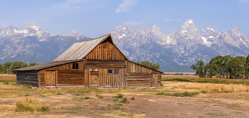 Celeiro da fileira do mórmon no parque nacional grande de Teton imagem de stock