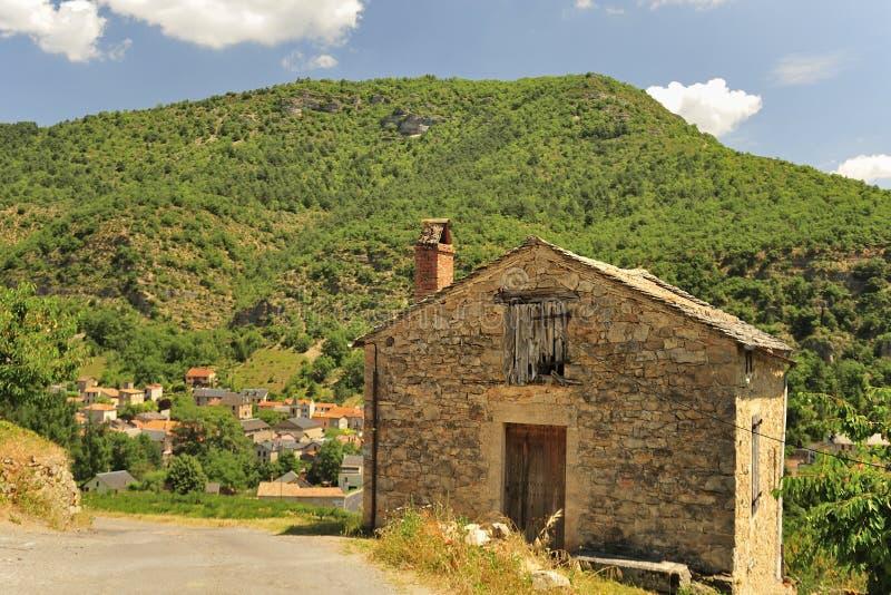 Celeiro do vinhedo, desfiladeiros du Tarn, França fotografia de stock