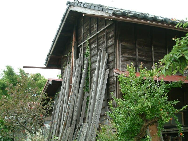 Download Celeiro japonês foto de stock. Imagem de madeira, vertente - 64114