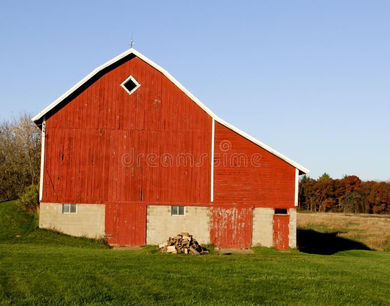 Celeiro vermelho do vintage em Wisconsin imagens de stock