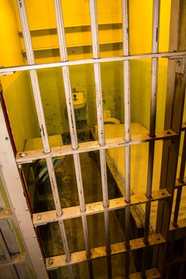 Cella di prigione sull'isola di Alcatraz, San Francisco immagini stock