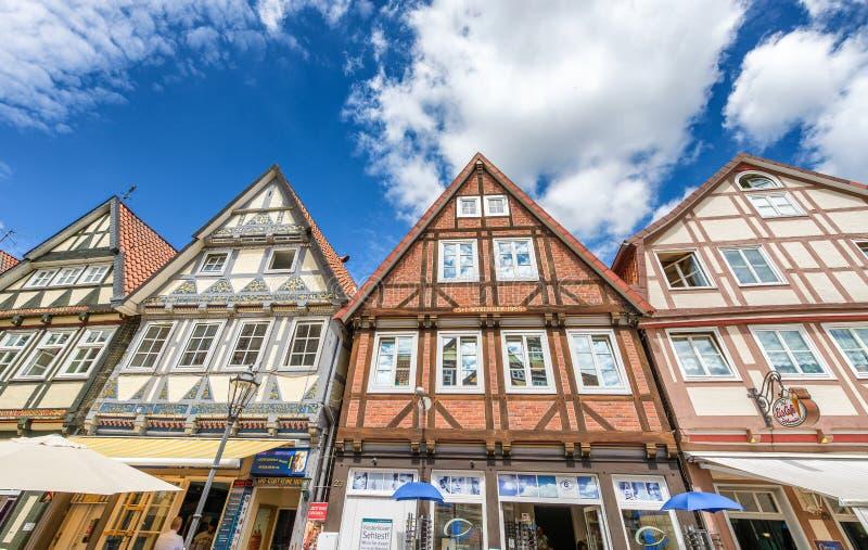 CELLE, DUITSLAND - JULI 2016: Mooie middeleeuwse gebouwen van Cel stock afbeeldingen