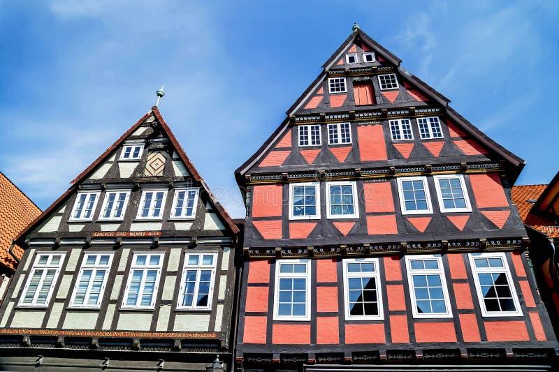 Celle, Duitsland - Mei 1, 2017: Voorgevel van het gebouw in Celle Oude stad in Nedersaksen, Duitsland stock foto's