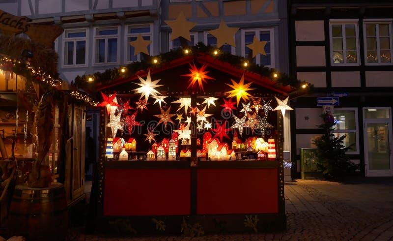 Celle, Niemcy, Europa, Grudzień 4, 2018: Boże Narodzenie rynek w historycznym mieście obraz stock