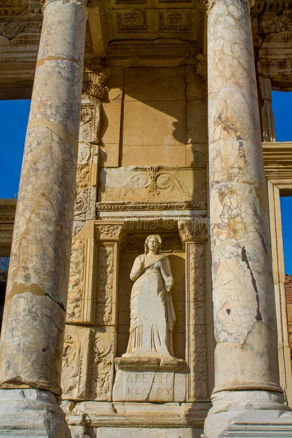 Celsus图书馆在古老古色古香的市Efes,以弗所废墟 库存图片