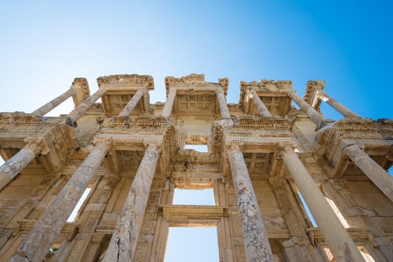 Celsus图书馆的废墟在以弗所土耳其 免版税库存照片