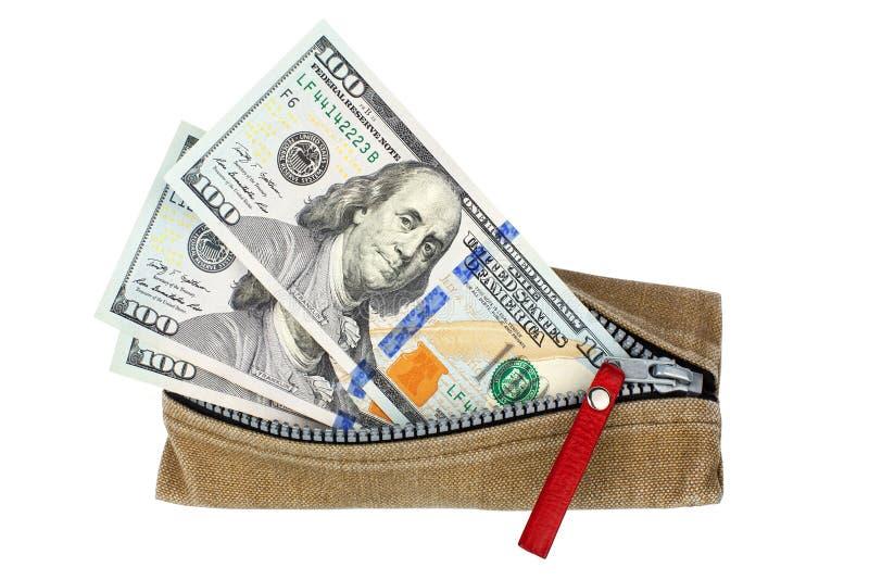 Cem notas de dólares em carteira aberta com zíper sobre fundo branco isolado de face superior, notas de dólar na bolsa imagem de stock royalty free