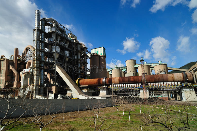Download Heidelberg cement factory stock photo. Image of modern - 19761746