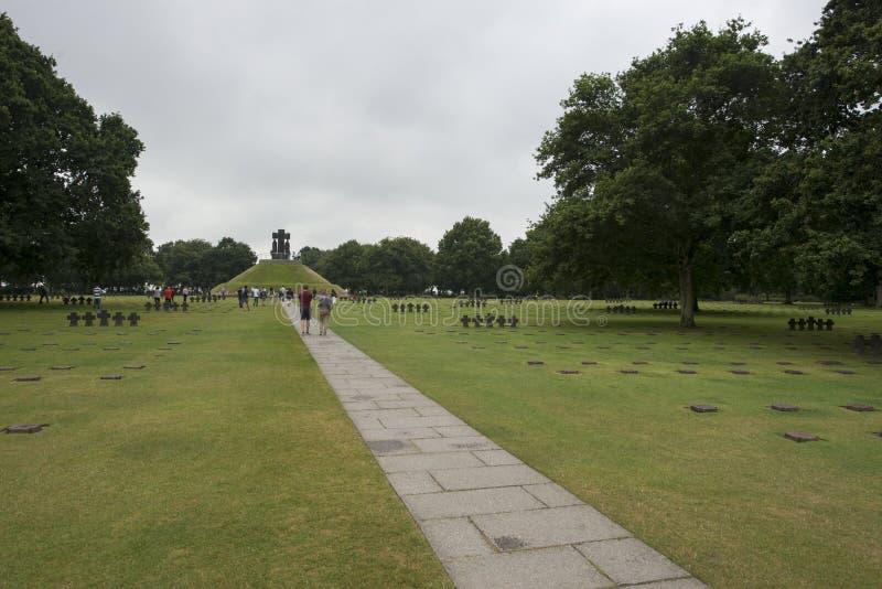 Cementerio alemán de la guerra de Cambe del La, Francia imagen de archivo