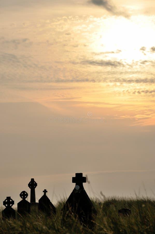 Cementerio de Irlanda en la puesta del sol foto de archivo libre de regalías