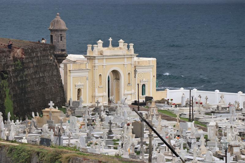 Cementerio en San Juan viejo, Puerto Rico fotos de archivo