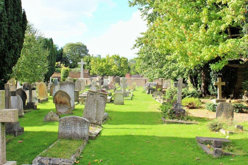 Cementerio en Surrey imagenes de archivo