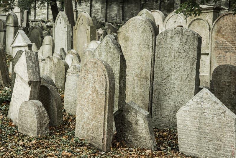 Cementerio judío en Praga foto de archivo libre de regalías
