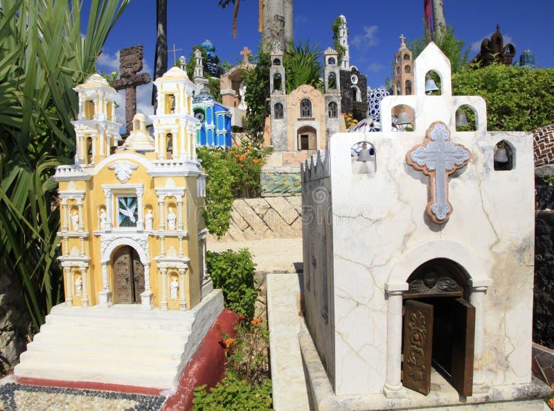 Cementerio mexicano en el parque de Xcaret, península del Yucatán fotografía de archivo libre de regalías