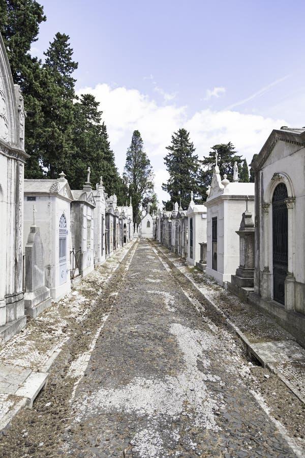 Cementerio viejo en la ciudad de Lisboa imagen de archivo libre de regalías