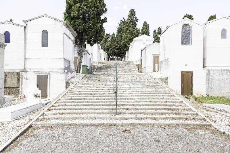 Cementerio viejo en la ciudad de Lisboa fotos de archivo libres de regalías