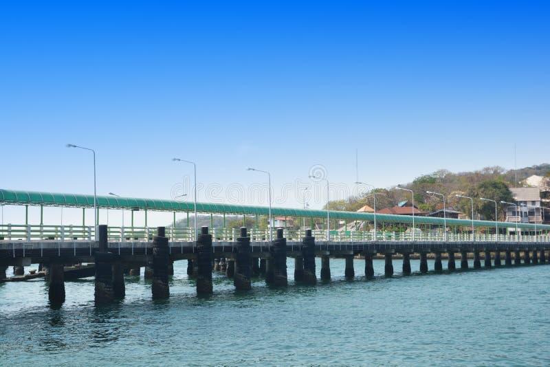 Cementpijler in Si Chang Island royalty-vrije stock foto
