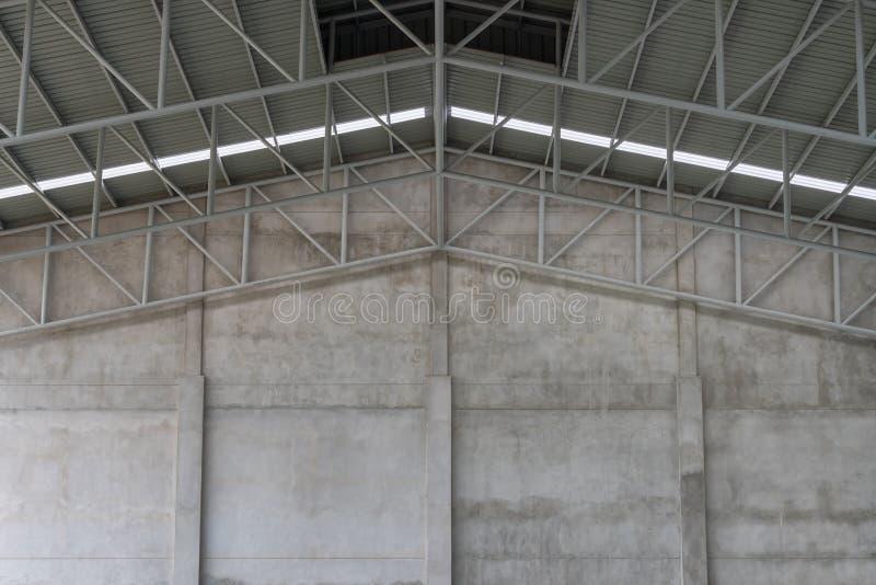 Cementväggar och takstrukturer av lager royaltyfri foto