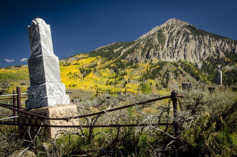 Cemitério com crista 2 do Butte foto de stock