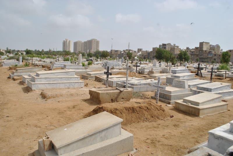 Cemitério cristão, Karachi foto de stock