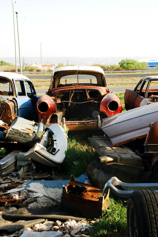 Cemitério do carro imagens de stock royalty free