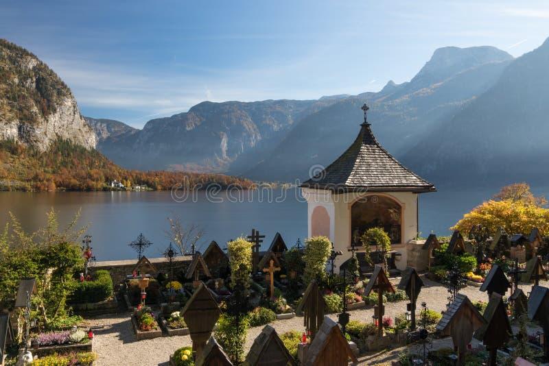 Cemitério em Hallstatt, Áustria fotos de stock