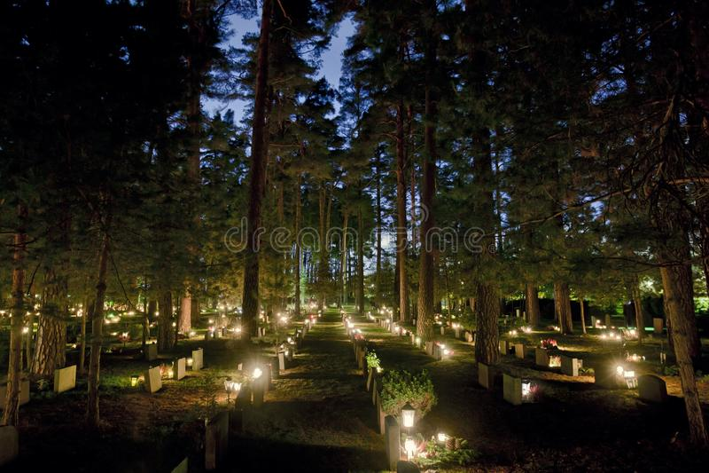 Cemitério na Suécia de Éstocolmo fotografia de stock royalty free