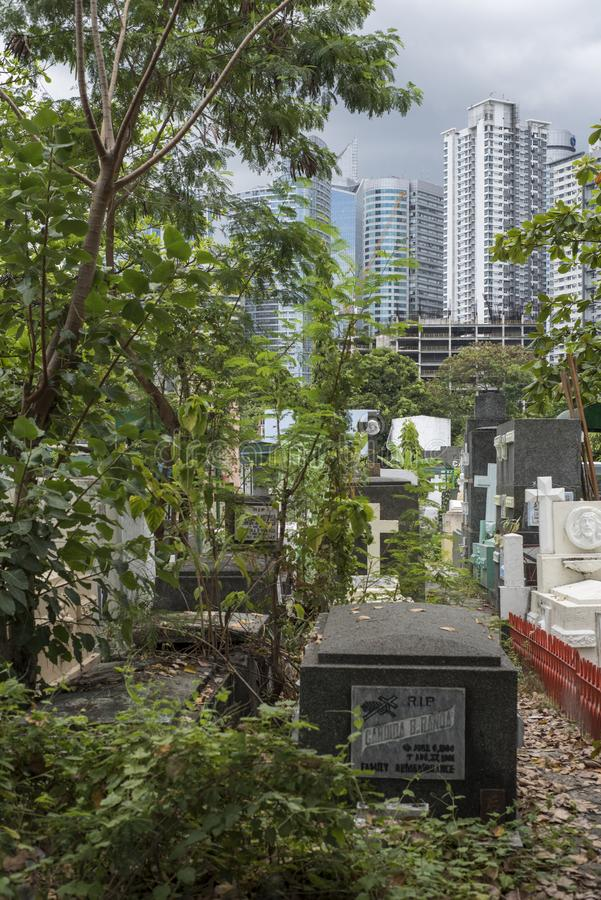 Cemitério sul de Manila em Makati, as Filipinas fotos de stock