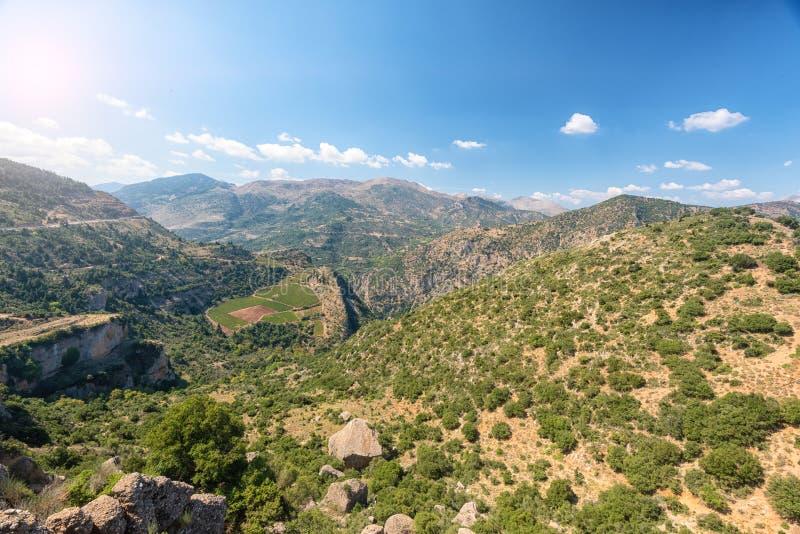 Cenário bonito da montanha de Grécia peloponnese imagem de stock