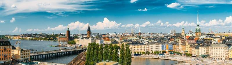 Cenário cênico do verão da cidade velha em Éstocolmo, Suécia fotografia de stock royalty free