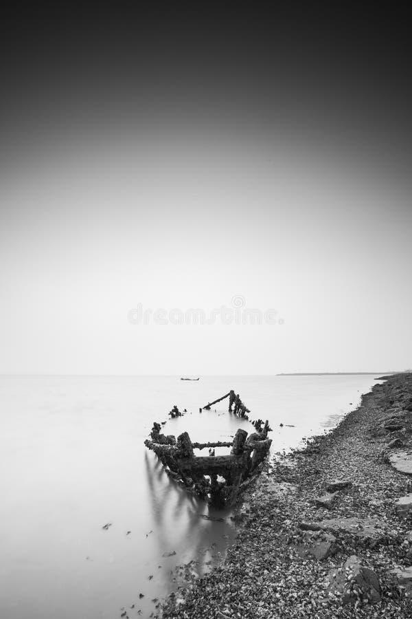 Cenário da baía do jiaozhou de Qingdao, névoa foto de stock