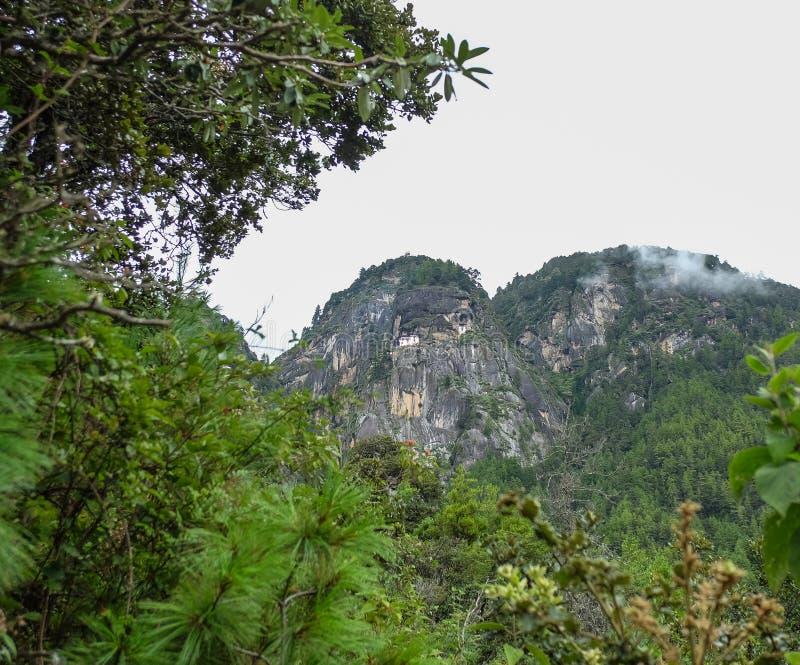 Cenário da montanha em Paro, Butão fotos de stock