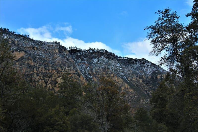 Cenário da paisagem, garganta de Maricopa County, Oak Creek, o Arizona, Estados Unidos fotos de stock