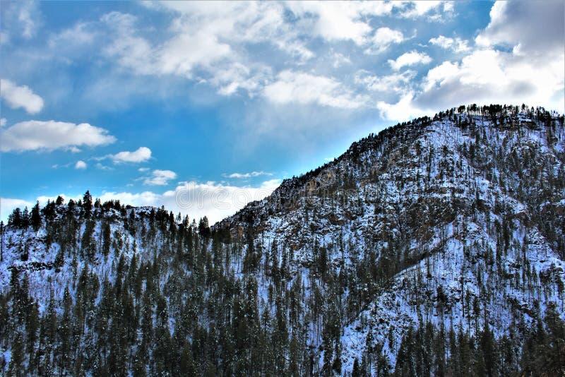 Cenário da paisagem, garganta de Maricopa County, Oak Creek, o Arizona, Estados Unidos imagens de stock
