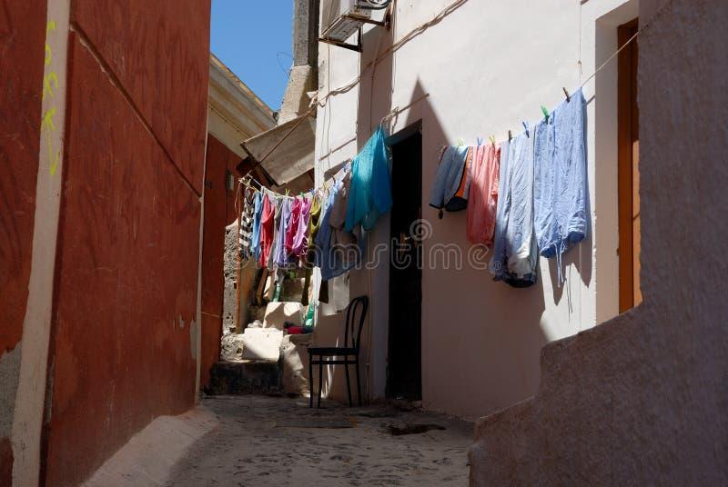 Cenário da rua em Santorini imagem de stock