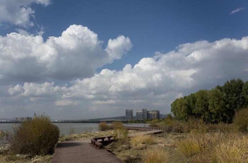 Cenário de Wen Ying Lake fotografia de stock royalty free