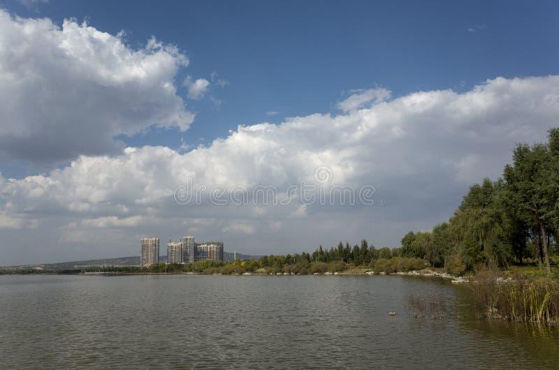 Cenário de Wen Ying Lake fotografia de stock
