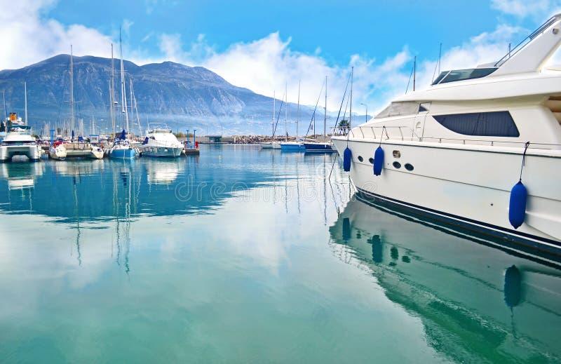 Cenário do porto Messinia Peloponnese Grécia de Kalamata foto de stock royalty free