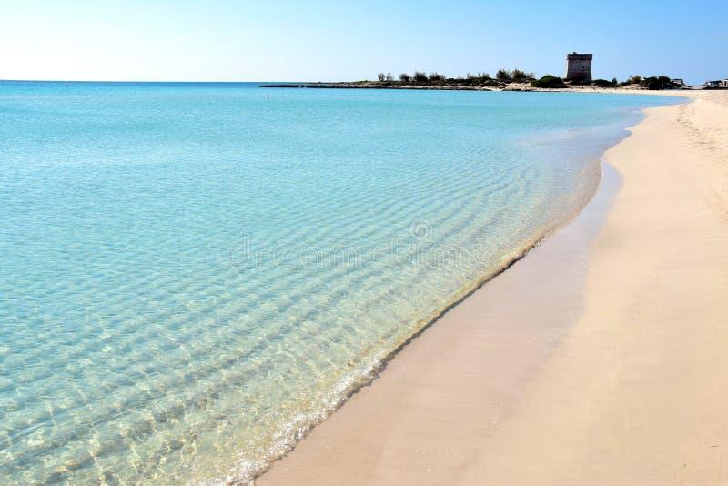 Cenário na costa Ionian em Salento, Itália fotografia de stock royalty free